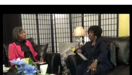 I Owe It All To The Word with Pastor Mitty Collier. Guest: Evangelist Lavonne Hoskins